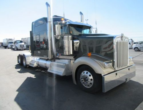 Featured Trucks: Tractors, Dump Trucks, Box Trucks & Flatbeds